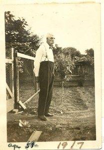 Davis A Sheaffer in his garden 1917
